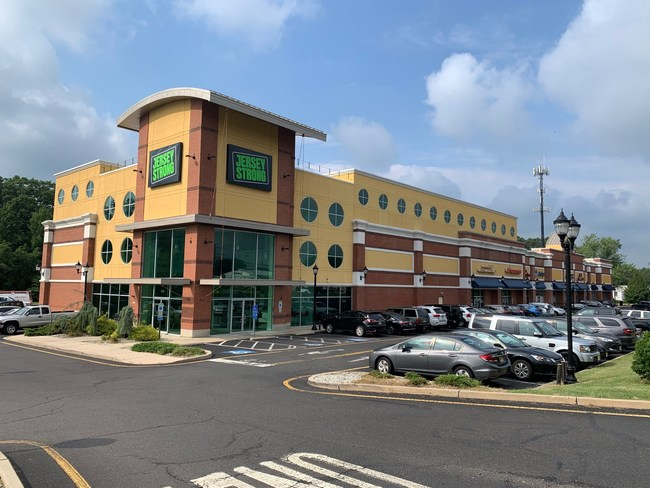 With the addition of Bright Vision Optical, Jersey Strong Plaza in Robbinsville, N.J. is now 100%-leased. RJBCO is exclusive leasing agent for the 65,500-sq.-ft. center on Rte. 130.
