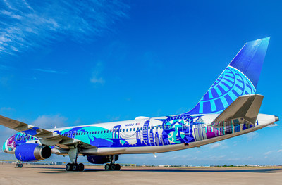 United Airlines New York / New Jersey Her Art Here Airplane Rear View