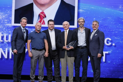 The team at Century Equities received The Wyndham Developer Award at the Company's 2019 Global Conference.