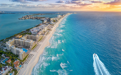 Cancun, Mexico Aerial Photo (CNW Group/Swoop)