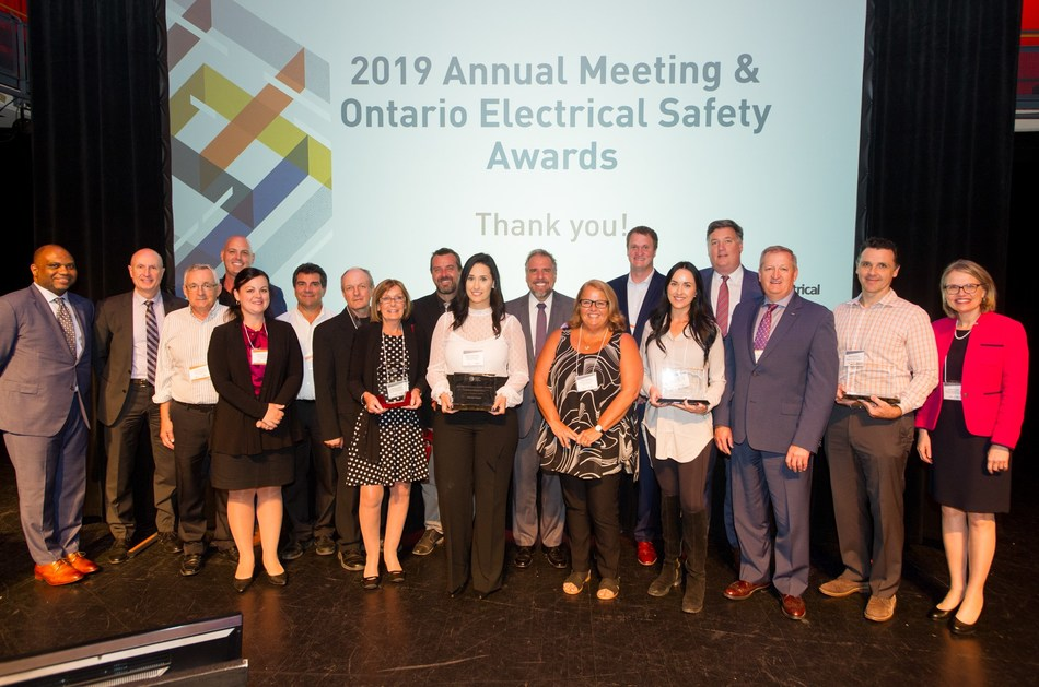The 2019 Ontario Electrical Safety Awards celebrated safety leaders with a strong commitment to electrical safety in Ontario. Award winners pictured above with David Collie, President & CEO, ESA (second in, far left) Peter Gregg, Board Chair (fourth in, far, right), Josephina Erzetic, Chief Regulatory Officer and General Counsel, ESA (far right) and ESA's  Dr. Joel Moody, Chief Public Safety Officer (far left). (CNW Group/Electrical Safety Authority)
