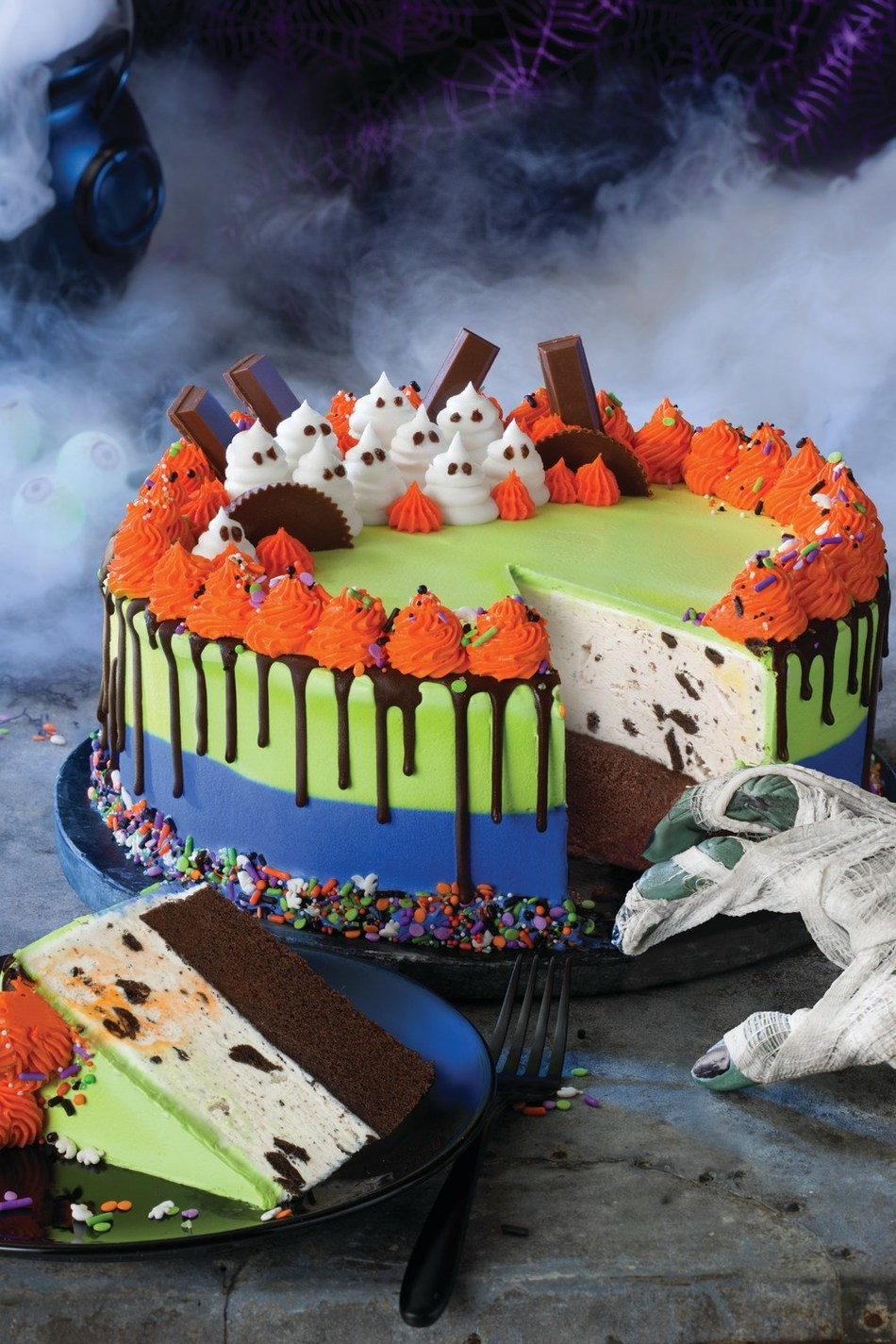 Baskin-Robbins' Ghost Cake is a two-colored stripe cake topped with buttercream ghosts, pieces of KIT-KAT® and Reese's® Peanut Butter Cups, chocolate drips and a Halloween sprinkle mix. For more information, visit www.baskinrobbins.com.