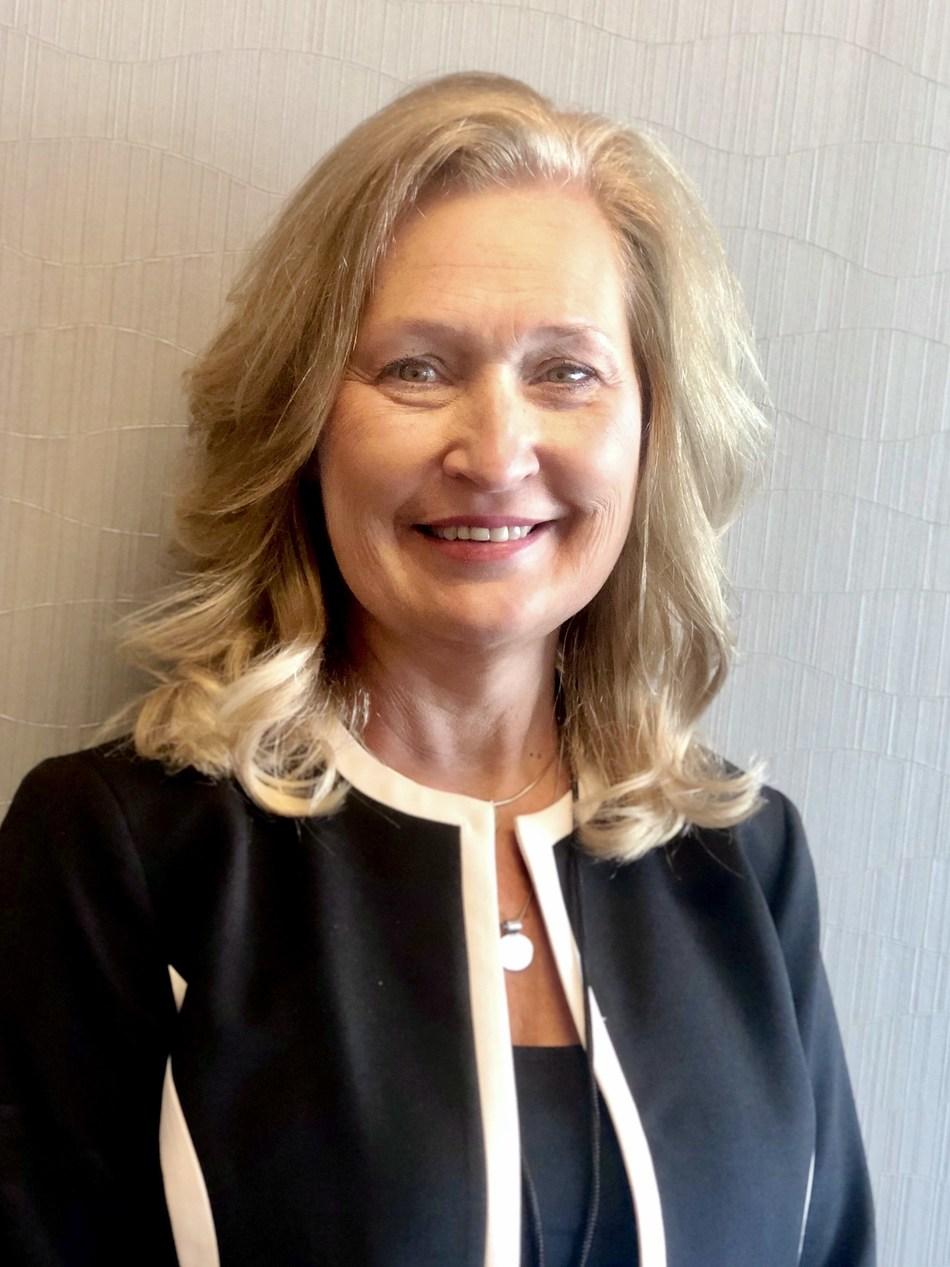 Lynda Harker, Regional Business Manager, Aprecia Pharmaceuticals