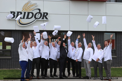 Mr. Louis Le Duff, President and Founder of Groupe Le Duff and owner of Bridor. He is joined in the picture by chefs and MOFs (Meilleurs Ouvriers de France). (CNW Group/Bridor)