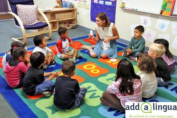 The addalingua 90-10 two-way program supports school communities that have a relatively balanced population of Spanish and English-speaking students - pictured above in an addalingua partner school classroom.
