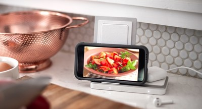 Defense Duo Wireless Charger