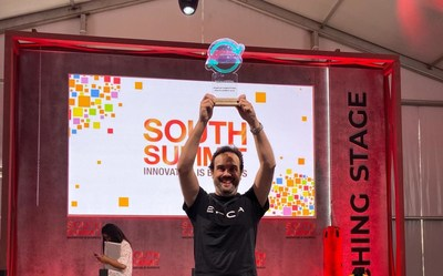 Diego Paramo, EPICAS's Executive Vicepresident is holding the award at South Summit in Madrid, 2019.
