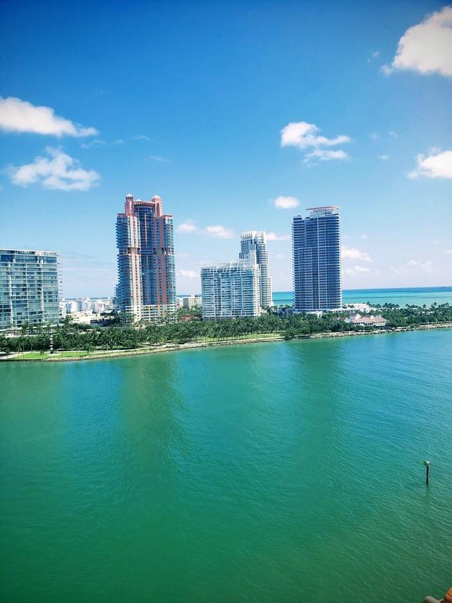 Miami Luxury Real Estate LLC