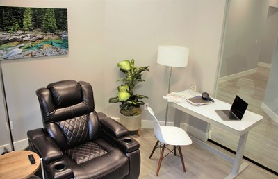 Each private suite offers flexible setup to accommodate each patients personal preferences with the ability to host visiting friends and family.