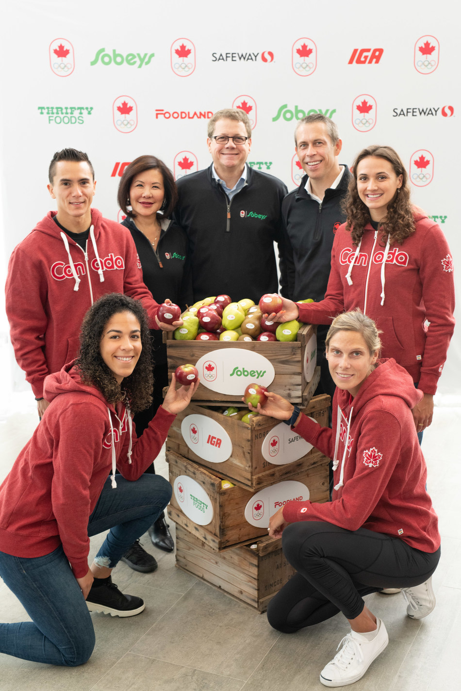 MISSISSAUGA, Ont. - Canadian athletes join Empire Company CEO, Michael Medline and COC CEO, David Shoemaker to celebrate historic partnership between Sobeys Inc. and Team Canada, announcing Sobeys Inc. as the first-ever Official Grocer of Team Canada. From left to right: (Back Row) Sean McColl (Sport Climbing), Sobeys Inc. SVP Marketing Sandra Sanderson, Empire Company CEO Michael Medline, COC CEO David Shoemaker, Kylie Masse (Swimming), (Front Row) Kia Nurse (Basketball), Sarah Pavan (Beach Volleyball), seen at the Team Canada-Sobeys Inc. partnership launch on Monday, October 7, 2019. (CNW Group/Empire Company Limited)