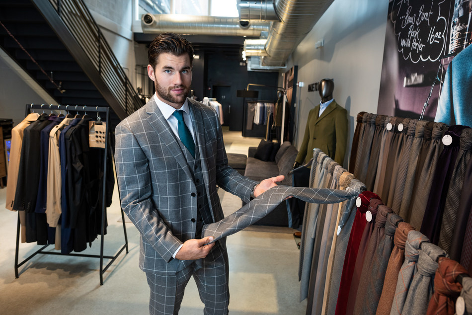 Washington Capitals #43 Tom Wilson at INDOCHINO Washington; Photo Credit: Jason Colston for INDOCHINO (CNW Group/Indochino Apparel Inc.)