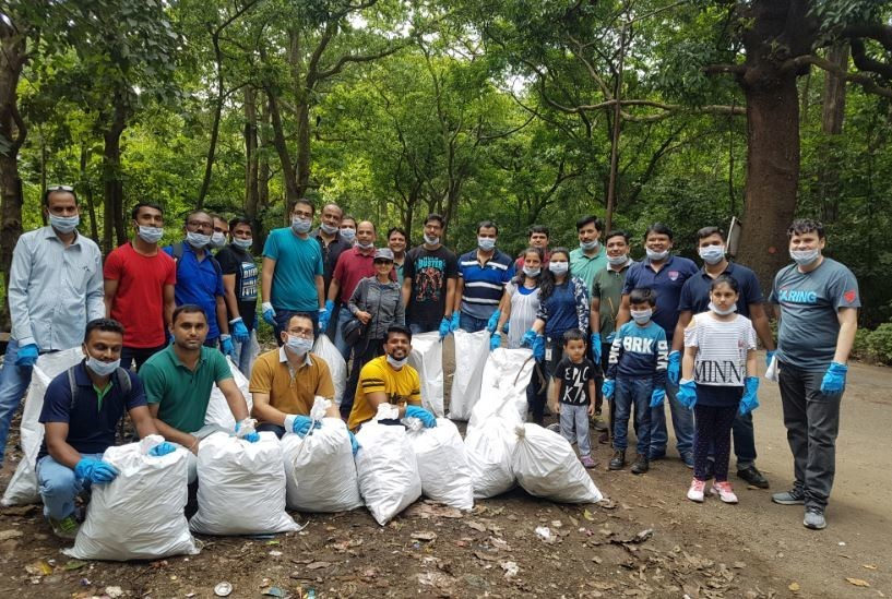 Employees from Johnson & Johnson's Mulund facility along with their families collected nearly 260 kilograms of plastic waste from Yeoor Village in Thane, Maharashtra. Over 230 employees collected over 1057 kilograms of plastic waste through similar collection drives in Mumbai, Delhi, Aurangabad and Baddi.