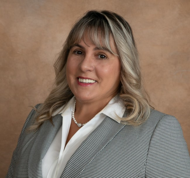 Fatima Pearn, Vice President, Commercial Lender/Middle Market, Valley Bank