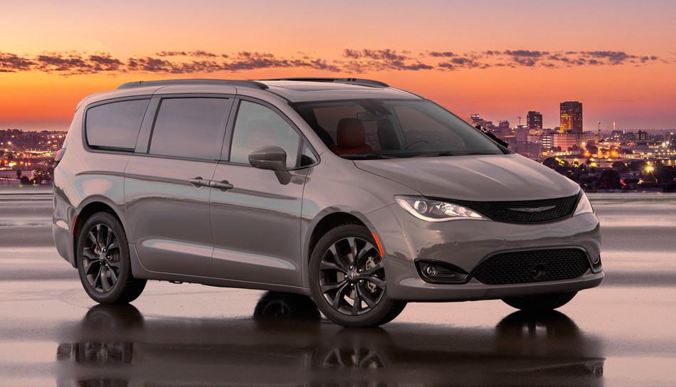 Chrysler is turning up the heat in the minivan segment, adding a new Chrysler Pacifica Red S Edition for the 2020 model year.