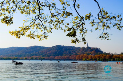 Autumn Beauty of West Lake in Hangzhou