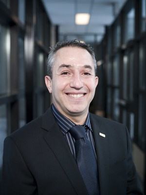 Karim Zaghib, General Director of Hydro-Québec's Center of Excellence in Transportation Electrification and Energy Storage (CNW Group/Hydro-Québec)
