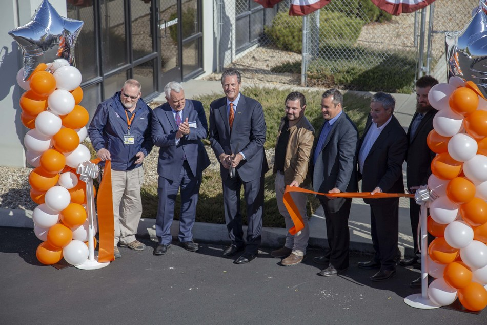 Left to right: Ravenswood Solutions employee RJ Greene; Boise Mayor David Bieter; Ravenswood CEO, Dan Donoghue; Ravenswood employees Andrew Power, Kipp Peppel, Chris Terndrup, and Patrick Young celebrate the official opening of Ravenswood Solutions' newest facility in Boise, Idaho.