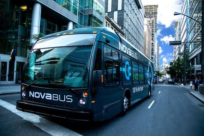 Nova Bus présente le LFSe+, un nouvel autobus électrique qui offre une importante autonomie et deux méthodes de recharge (Groupe CNW/Nova Bus)