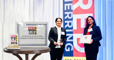 Preeti Menon and Priya Kanduri from Happiest Minds accepting the 2019 Red Herring Top 100 Asia award at Bangkok