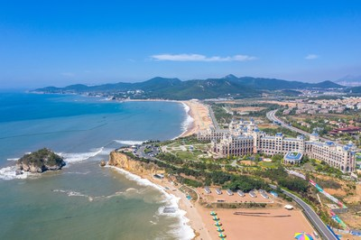 Increasingly pluralistic Dalian Golden Pebble Beach favored by tourists from home and abroad