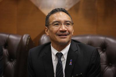 马来西亚前国防部长希沙姆丁-侯赛因表示,马来西亚应有更好的发展