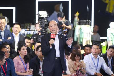 A apresentação de Song Zhenghuan, presidente do conselho da Goodbaby (PRNewsfoto/Goodbaby)