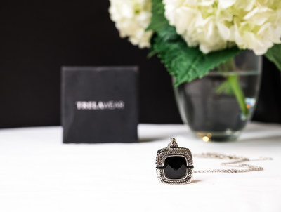 Sophisticated jewelry meets emergency help – style and safety from MobileHelp