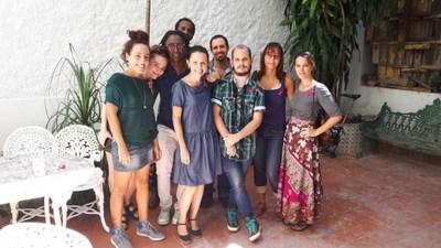 Arrestan en La Habana a paciente de cáncer y activistas, horas antes de un evento de sensibilización