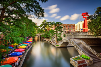 San Antonio has grown to become the 7th largest city in the United States, with over 1.5 million residents.  This image features one of the city's most famous attractions, the San Antonio River Walk.