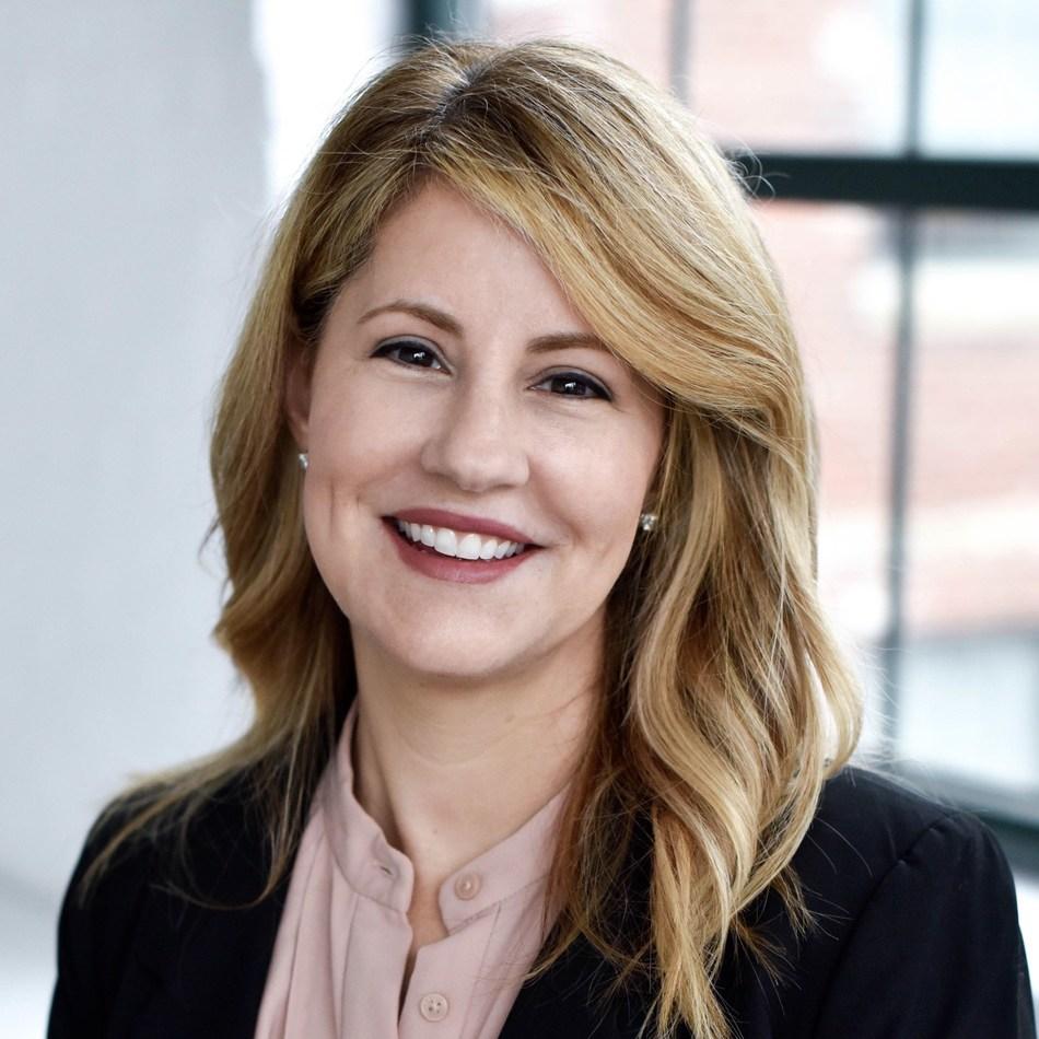 Rhonda Hoffman Joins Pharmavite as CMO