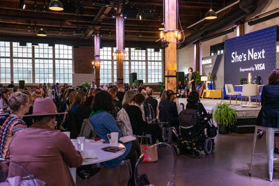 Hundreds of women entrepreneurs gathered in Toronto today for the She's Next, Empowered by Visa workshop, an event offering inspiration and support for Canadian women-led SMBs. (CNW Group/Visa Canada)