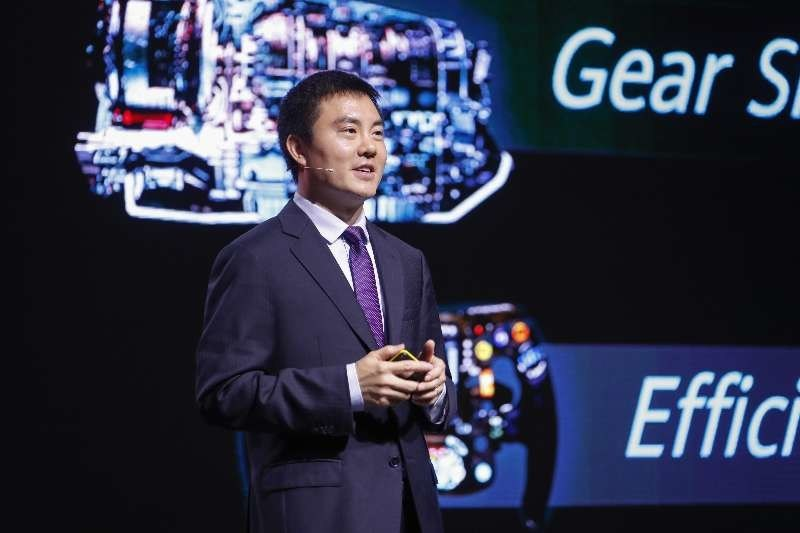 Edward Deng, President of Huawei's Wireless Solution, unveiled Huawei's latest 5G full-series solution