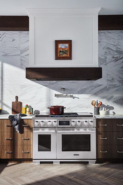 """Signature Kitchen Suite, with high performance appliances that deliver the ultimate in culinary precision, will showcase its top-of-the-line offerings – including award-winning dual-fuel pro ranges with built-in sous-vide and integrated wine column refrigerators – through interactive programming that highlights its """"True to Food"""" mission."""