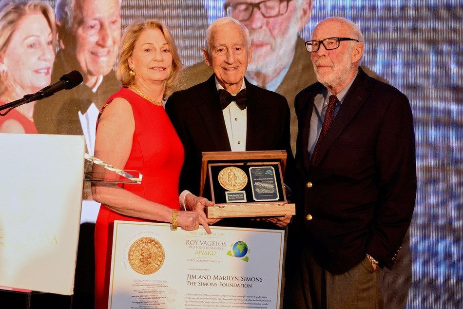 Roy Vagelos Pro Bono Humanum Award recipients, Jim and Marilyn Simons of the Simons Foundation