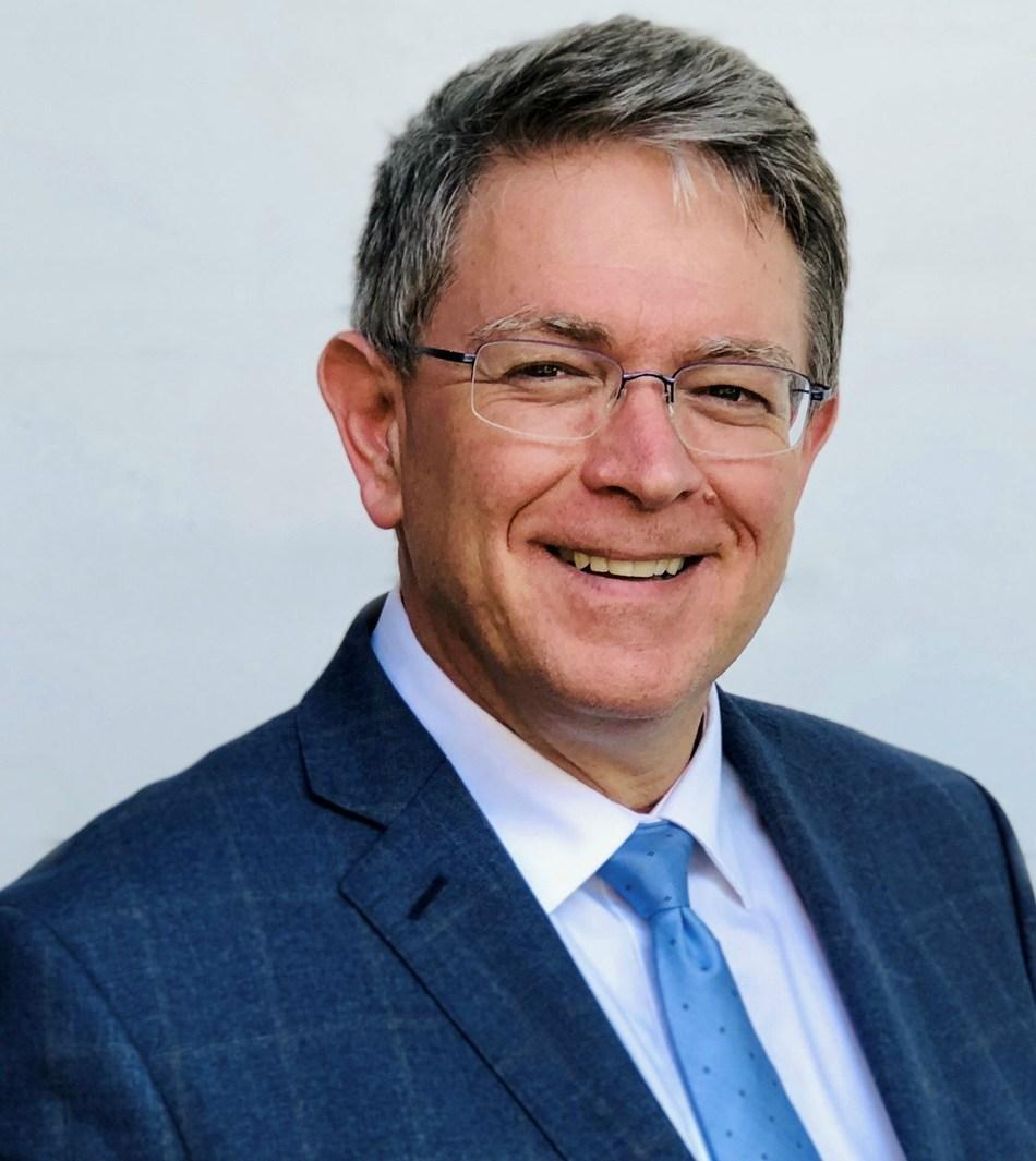 Dr. Guy Lafrance (CNW Group/Ordre des dentistes du Québec)