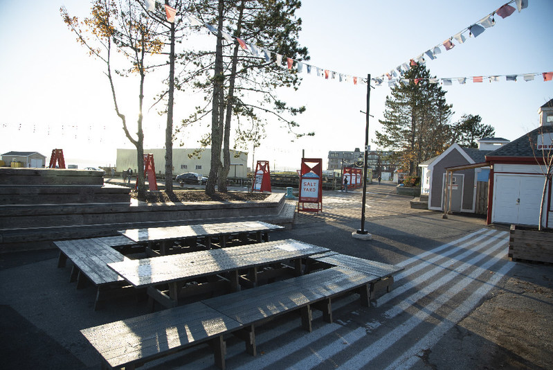 The Ultimate Picnic Table, as unveiled by Sobeys Inc. today. In total, the company will divert 720,000 plastic bags from the landfill to make waterfront benches and picnic tables for public spaces along Atlantic Canadian shores. (CNW Group/Sobeys Inc.)