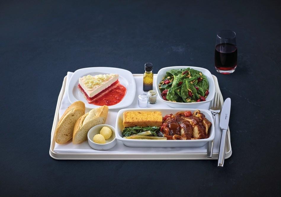 Air Transat's Gourmet menu by Daniel Vezina (CNW Group/Transat A.T. Inc.)