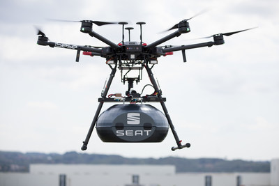 The initial use of drones at the Martorell factory is for the periodic transport of steering wheels and airbags.