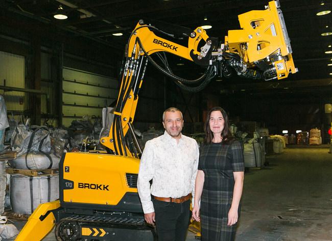Martin Robichaud and Angélique Salvas, associates (Groupe CNW/GSR Construction Décontamination)