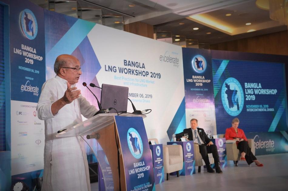 The Honorable Energy Advisor to the Prime Minister of Bangladesh Dr. Tawfiq-e-Elahi Chowdhury addresses the delegates at the Bangla LNG Workshop in Dhaka.