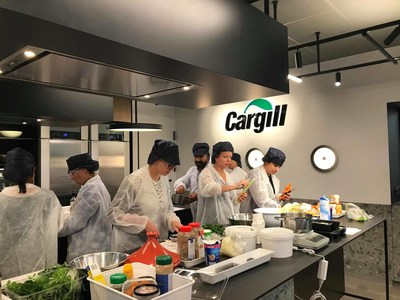 Cargill's Vilvoorde Culinary Experience Hub houses a team of culinary experts and chefs that collaborate with customers to develop on-the-spot innovative solutions that specifically address the challenges and demands of consumers.