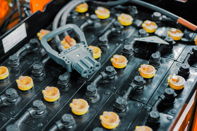 New Energy Powertrains Generate Fresh Growth Opportunities for Forklift Battery Charger Manufacturers