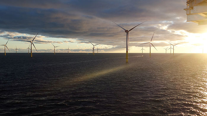 Wind powers commodities demand (PRNewsfoto/CRU)