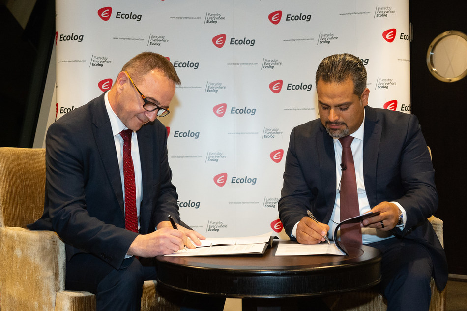 Mr. Leonardo Siladic (CEO of Mireo) and Mr. Ali Vezvaei (CEO Ecolog International) sign a strategic partnership agreement at a private dinner for the 1st Arab-German Economic Conference. The dinner was sponsored by Ecolog International, and held at the Wirtschaftsclub in Düsseldorf, Germany. The signing ceremony marks the second strategic partnership announcement this week for the global services provider.