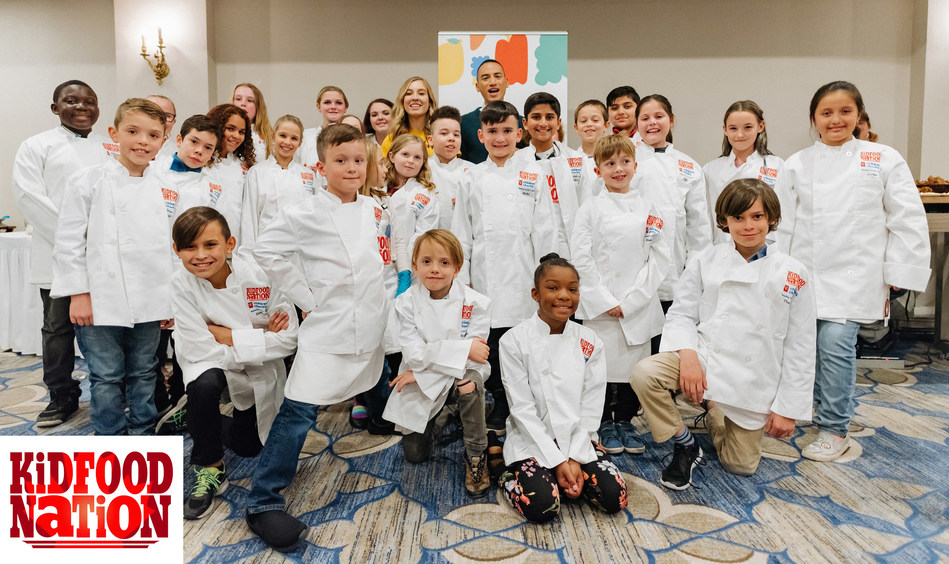 Last year's Kid Food Nation winners in Ottawa (Ben Welland/byfield-pitman photography) (CNW Group/Boys and Girls Clubs of Canada)