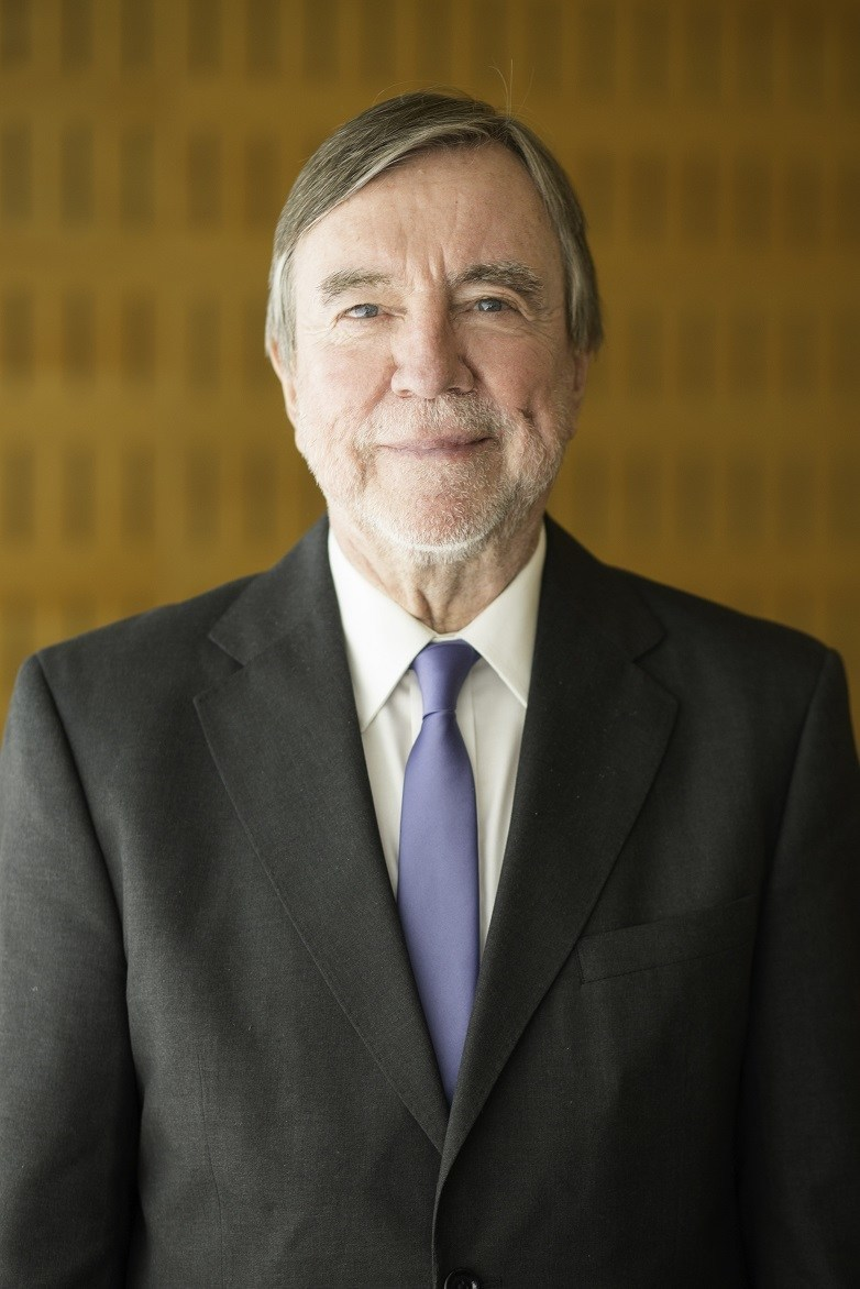 Dr. Roberto Russell, presidente de la Fundación Vidanta