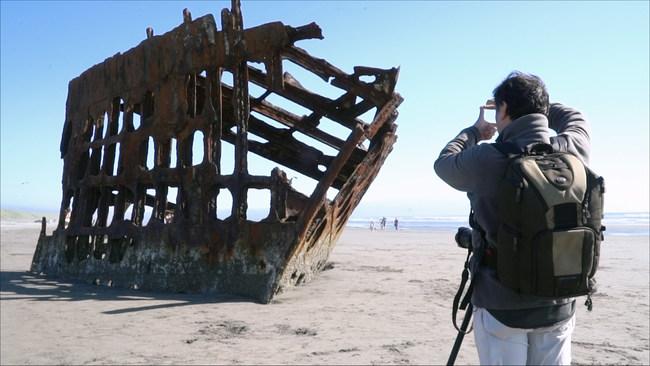 Ning Zhou framing up wreck