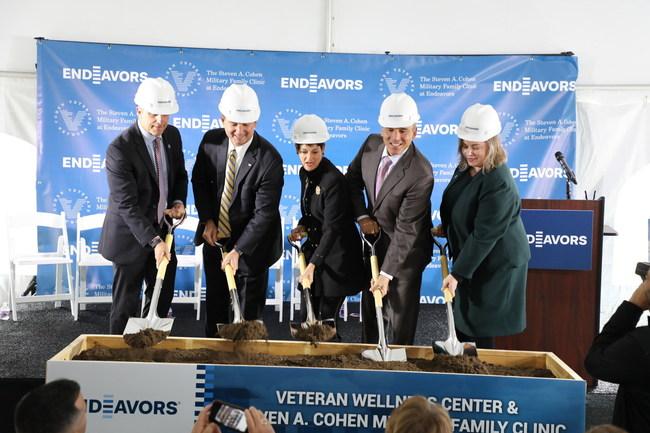 Chip Fulghum, Jon Allman, Senator Donna Campbell, Dr. Anthony Hassan and Dr. Jill Palmer break ground on new Veteran Wellness Center and Steven A. Cohen Clinic.