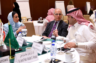 British Ambassador to Yemen Michael Aron (center) with Saudi Ambassador to Yemen and Supervisor-General of the Saudi Development and Reconstruction Program for Yemen (SDRPY) Mohammed Al Jabir (right) and SDRPY Head of Peacebuilding Policy and Advocacy Abeer Al Saud at the KSA-UK Workshop on Stabilisation, Riyadh (12 Nov 2019)