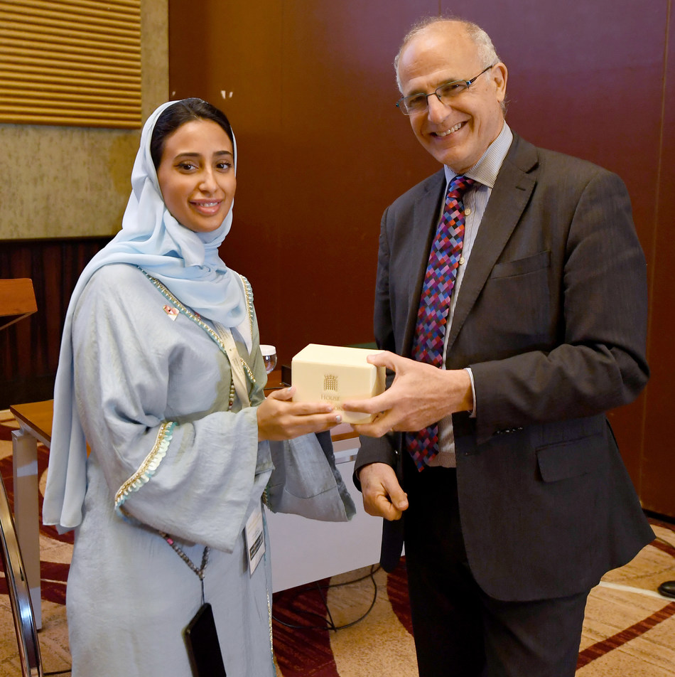 Abeer Al Saud, Head of Peacebuilding Policy and Advocacy at the Saudi Development and Reconstruction Program for Yemen (left) with British Ambassador to Yemen Michael Aron at the KSA-UK Workshop on Stabilisation, Riyadh (12 Nov 2019)